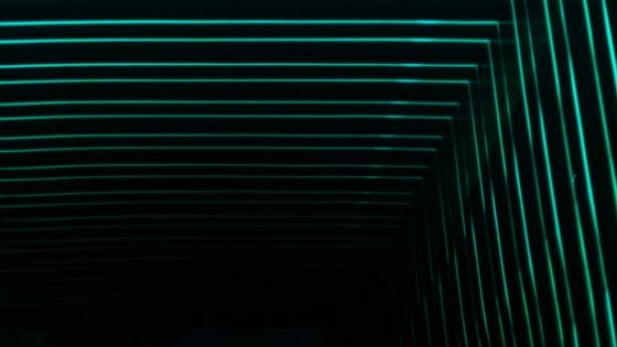 green lines in L shape against black background