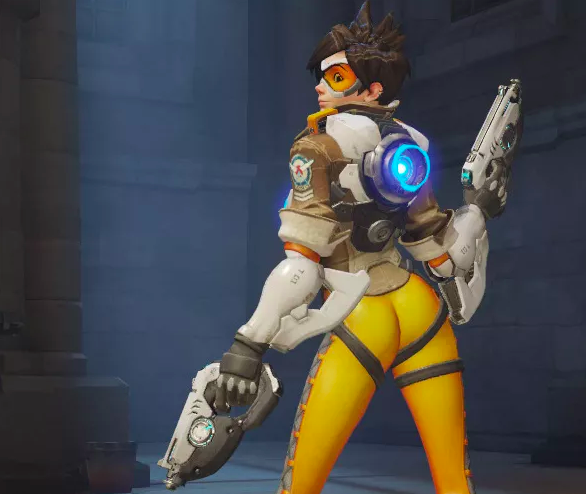 tracer over the shoulder victory poser